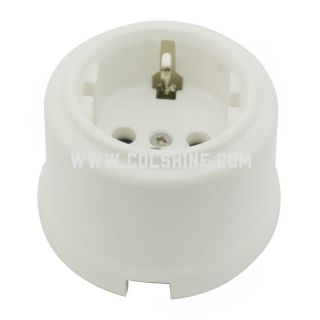 Porcelain wall socket with earth pin